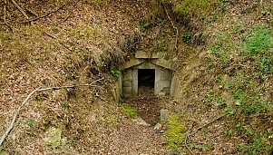 Thracian domed tomb, village of Valche Pole