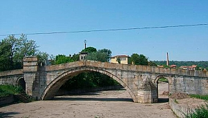 The Humpback Bridge, Harmanli
