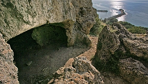 Neolithic Settlement in Makri (The Cyclops Cave)